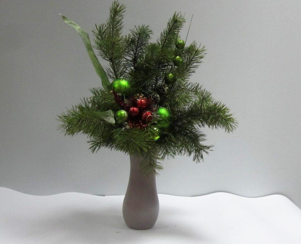 Цветы боувардия, букеты из елки владивосток